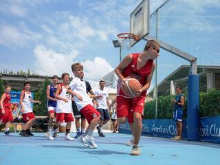 AraCamp il primo camp di basket con Pietro Aradori al Fantini Club 045
