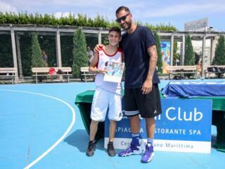 AraCamp il primo camp di basket con Pietro Aradori al Fantini Club 025