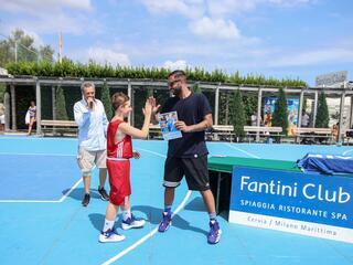 AraCamp il primo camp di basket con Pietro Aradori al Fantini Club 022