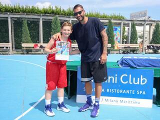 AraCamp il primo camp di basket con Pietro Aradori al Fantini Club 021