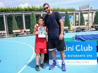 AraCamp il primo camp di basket con Pietro Aradori al Fantini Club 019