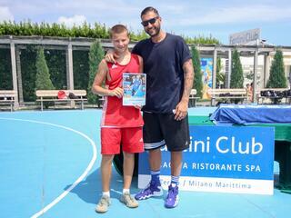 AraCamp il primo camp di basket con Pietro Aradori al Fantini Club 017