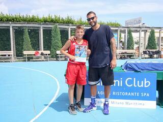 AraCamp il primo camp di basket con Pietro Aradori al Fantini Club 012