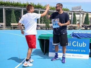 AraCamp il primo camp di basket con Pietro Aradori al Fantini Club 009