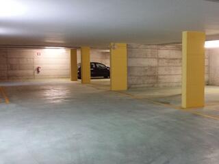 panoramica dei posti auto disponibili al Residence Luna di Monza