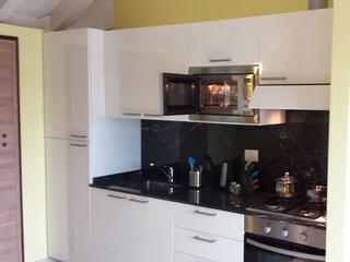 cucina di uno dei nostri appartamenti al Residence Luna di Monza