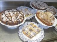 ..mmmhhh..ma che Bontà! Ogni mattina si comincia con le Buonissime Torte...FATTE IN CASA!!!