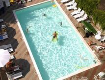 Hotel Last Minute Agosto Hotel con Piscina, Parcheggio & Divertimento