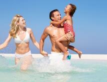 Offerte di maggio e Giugno  al mare bimbo gratis hotel vicino al mare Rimini mini club animazione