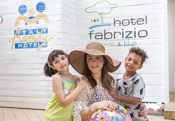 hotelfabrizio it 3-it-280211-offerta-luglio-hotel-rimini-per-famiglie-con-animazione 009