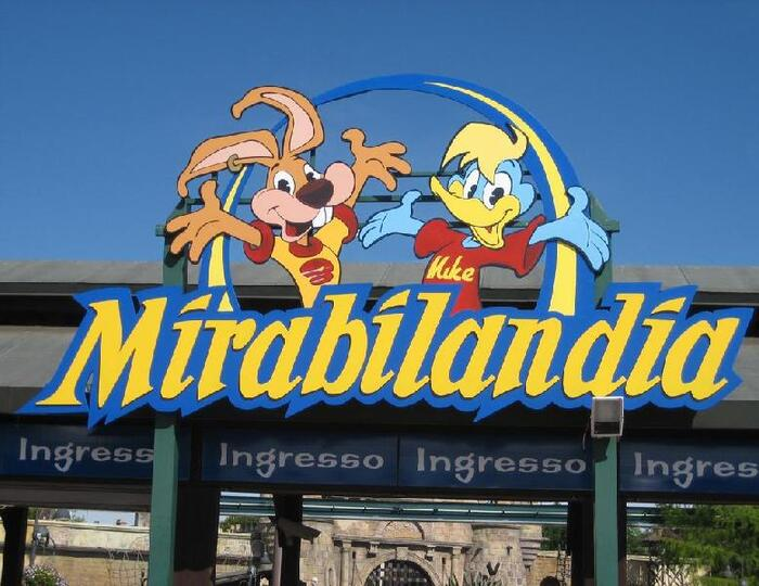 OFFERTE FAMIGLIE AL MARE RIVIERA ADRIATICA CON BAMBINO 0/12 GRATIS + MIRABILANDIA GRATIS