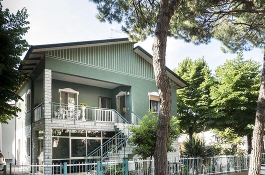 Offerta vacanze 2018 in appartamento per famiglie a Cervia con veranda e posto auto