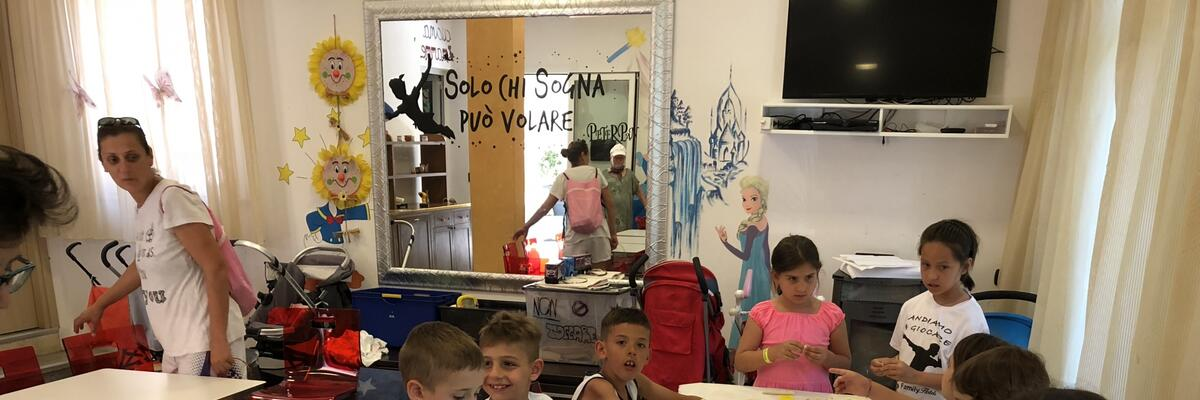 Offerta prima settimana di giugno bambini gratis spiaggia inclusa parco Mirabilandia incluso