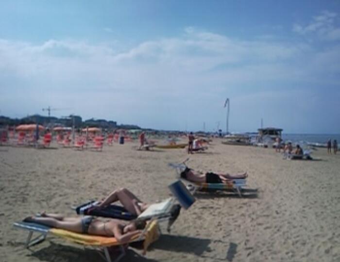 Vacanza a Ferragosto in Hotel Trinidad a Rimini.Pensione Completa a 59Euro. Bimbi GRATIS  ai 4 anni