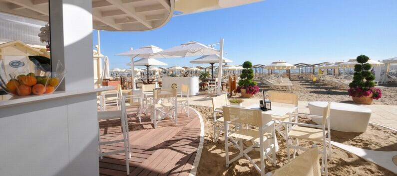 vacanzeinaquilone en 3-en-241875-holiday-apartment-for-5-or-6-people-with-air-conditioning-and-garage-for-rent-in-riccione-montap 017