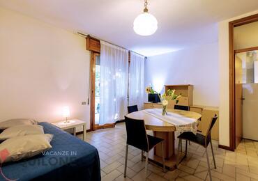 vacanzeinaquilone en apartments-4-6-beds-vacanze-aquilone 017