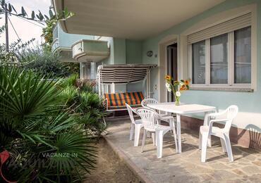 vacanzeinaquilone en apartments-6-9-beds-vacanze-aquilone 001