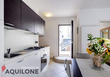 vacanzeinaquilone en apartments-4-6-beds-vacanze-aquilone 005