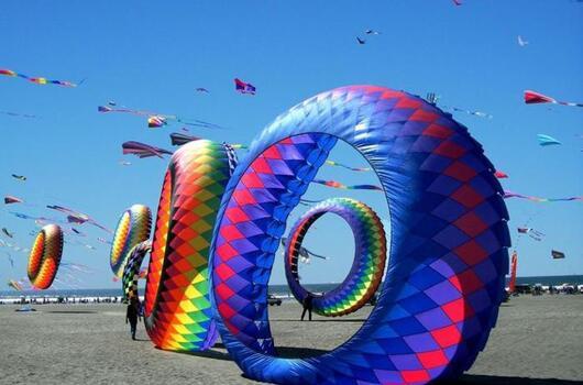 Ponte del 25 Aprile: i giorni più richiesti del Festival dell'Aquilone!