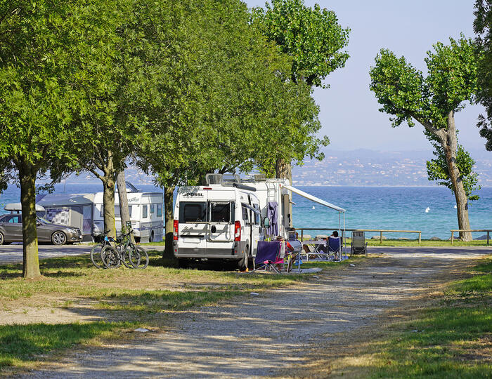 BOOK NOW YOUR HOLIDAY ON PITCH IN 2021 ON LAKE GARDA