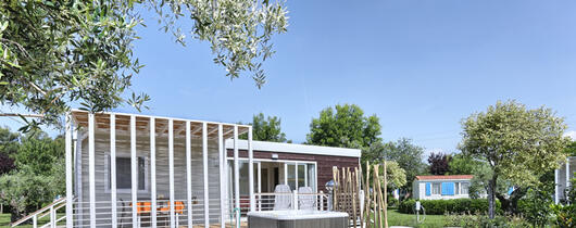 Ferie sammen med familien i mobile home Suite XL i Toscana