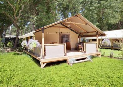 glamping tent Glenya