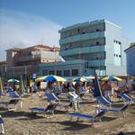 Piccolo Hotel a Viserba di Rimini, cucina romagnola, economico sul mare, per le tue vacanze.
