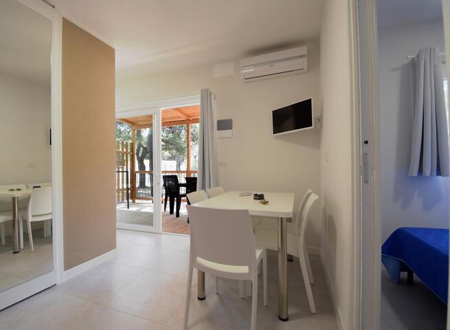 lamasseria it case-mobili-per-un-soggiorno-ricco-di-comfort-in-campeggio-a-gallipoli 006