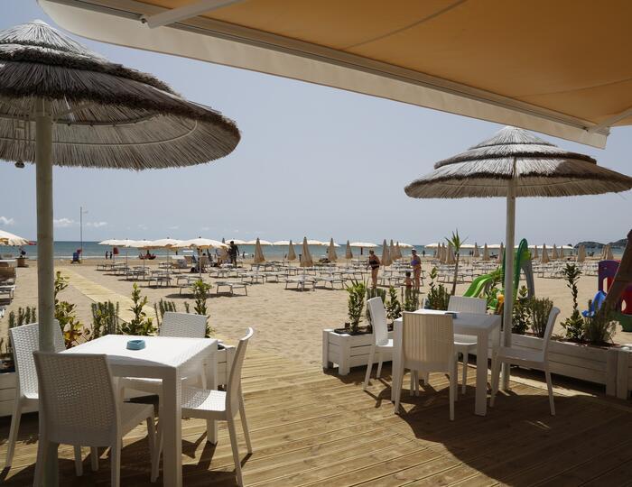 Hotel a Vieste con piscina a settembre fronte mare