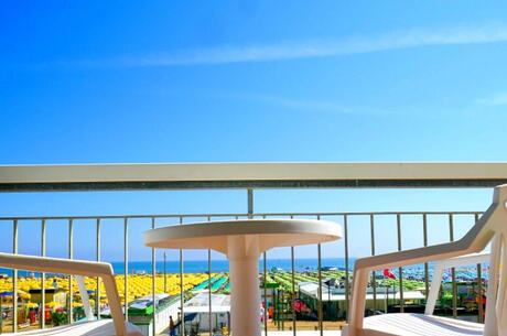 veladorohotel de hotel-strand-inklusive-rimini 009