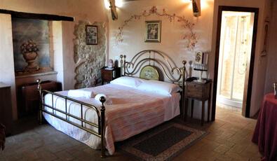 visitarcevia en accommodation-visit-arcevia 005
