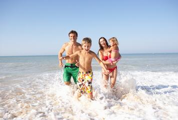 All-Inclusive für Mitte August in Cesenatico - Pool, Strand, Animation und Kinder bleiben gratis