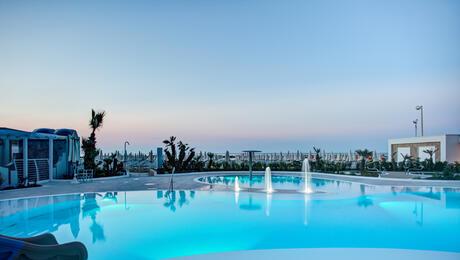 hotelmediterraneocattolica en beach-pool 015
