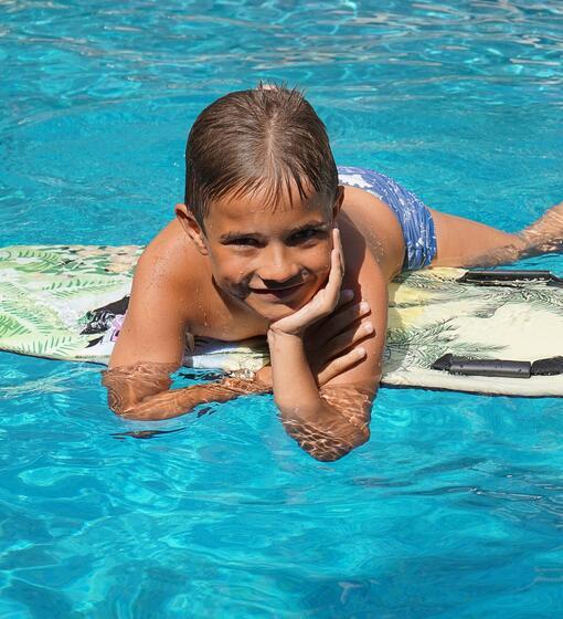 hotelariane it offerta-pensione-completa-fine-maggio-inizio-giugno-hotel-3-stelle-con-piscina-rivazzurra-rimini-sul-mare-sconti-famiglie-bimbi-gratis 015