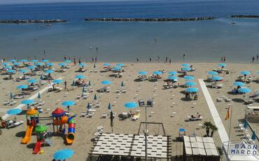 hotelgardeniaigeamarina en 1-en-280072-late-july-in-igea-marina-for-your-seaside-holidays 021
