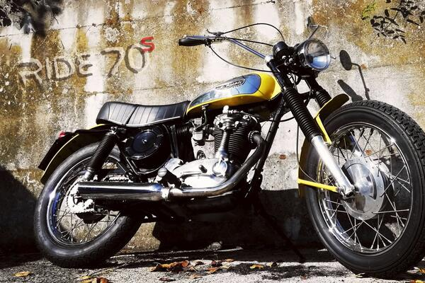 ride70s it 1975-kawasaki-z1-900 009