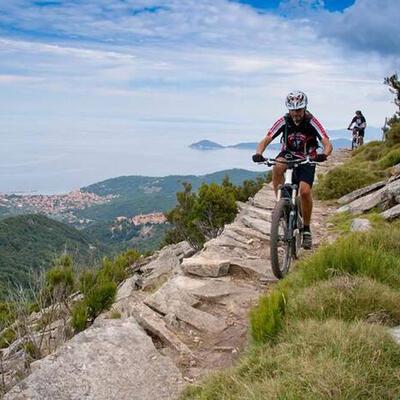 Vacanze con bike tour all'Isola d'Elba
