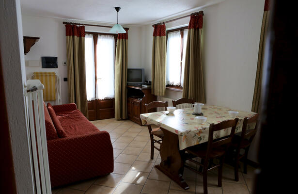 TWO-ROOM APARTMENT FOR JUNE AND JULY IN BRUSSON