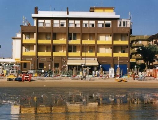 Bagno Giordano -Giordy Beach- spiaggia privata  L'ESCLUSIVITA' DI UNA SPIAGGIA UNICA