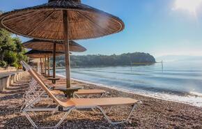 Karda Beach Camping and Bungalows 13