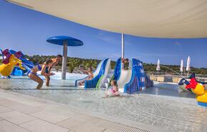 Lanterna Premium Camping Resort 6