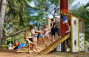 Brioni Sunny Camping 2
