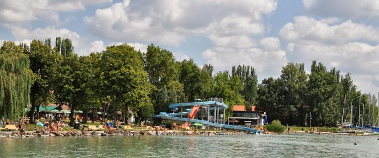 Balatontourist Füred Camping & Bungalows1