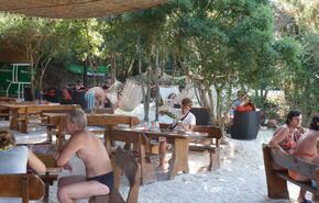Brioni Sunny Camping 8