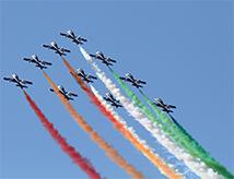 Valore Tricolore con le Frecce Tricolori a Punta Marina Terme