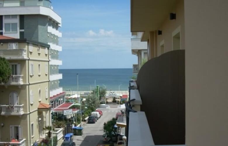 Hotel nelson 3 sterne riccione via dannunzio 31 abc vacanze.it