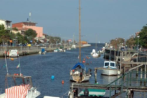Canale di Casalborsetti