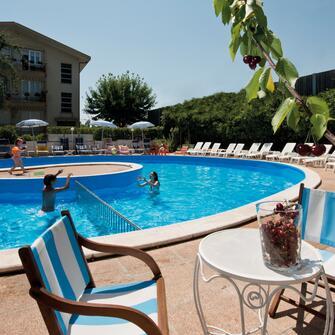 Hotel trafalgar rivazzurra 3 stelle per le vacanze con i - Hotel rivazzurra con piscina ...