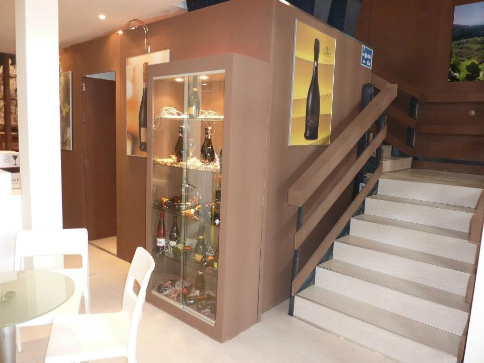 Emejing La Marca Arredamenti Contemporary - Idee per la casa ...