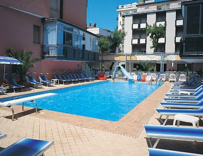 Hotel christian rivazzurra tre stelle hotel rivazzurra - Hotel rivazzurra con piscina ...